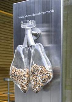 poubelle de cigarette sous forme de poumons